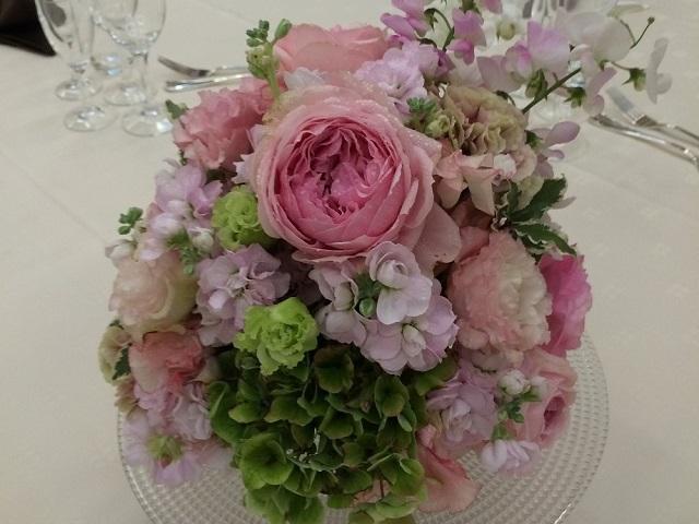 ウェディングゲストテーブル装花